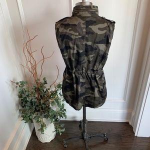 Love Tree Jackets & Coats - Love Tree Women's Camo Vest